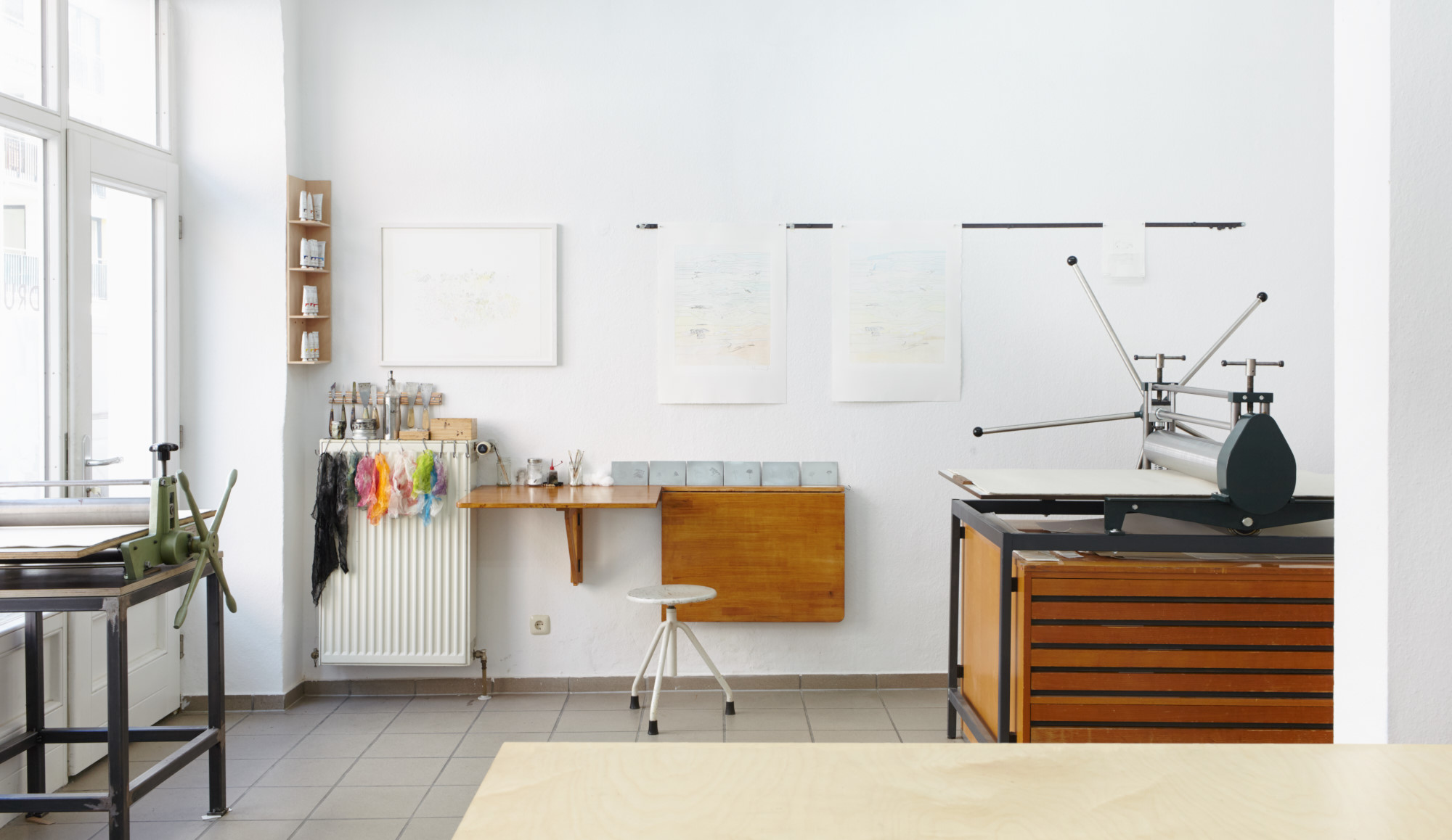 atelier raum atelier ein raum fr mich werkstatt oder atelier kreativ gestalten atelier raum. Black Bedroom Furniture Sets. Home Design Ideas